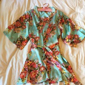 Other - Silky Lounge Robe